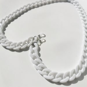 cadena blanca gafas