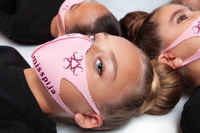 mascarilla-tela-infantil-rosa
