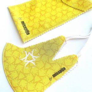 funda de gafas amarilla